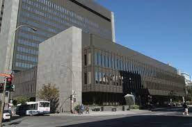 Pour votre mariage civil, au Québec, le Palais de justice de Montréal est-il la seule option?